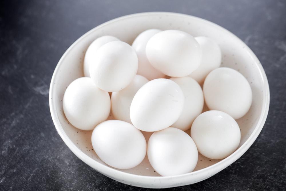 Freezing eggs