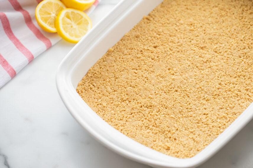 Crushed lemon Oreo crust