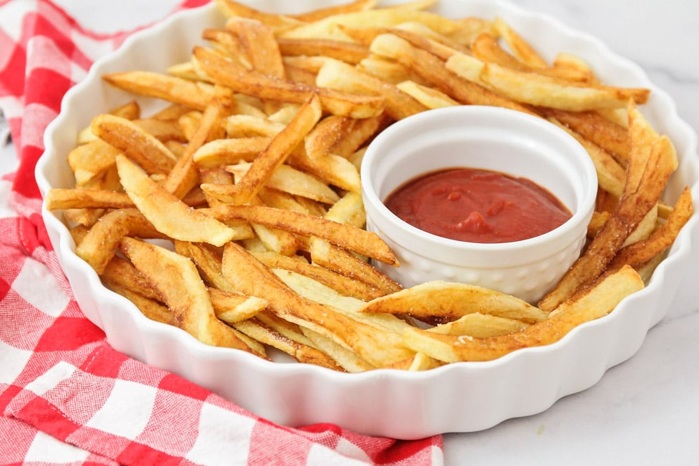Homemade French Fries Recipe {+VIDEO} | Lil' Luna