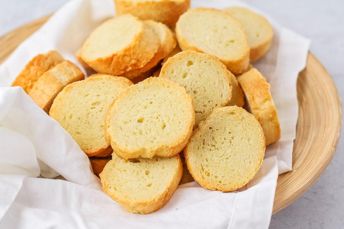 Crostini to use for caprese bruschetta recipe
